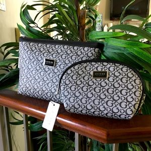 Guess Travel and makeup cosmetic case Set! NEW!